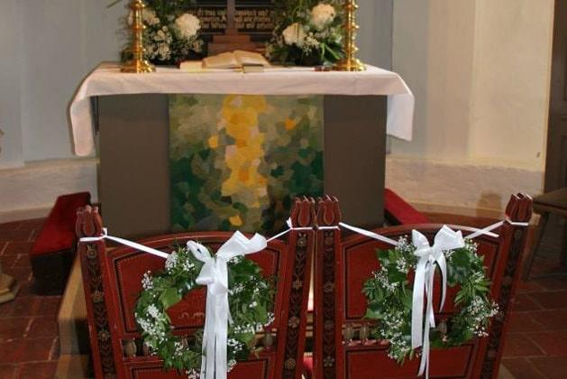 Brautstrauß aus weißen Rosen von DAMERIUS
